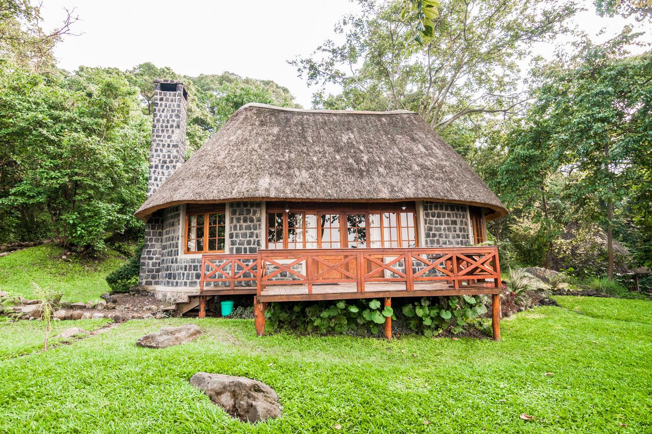 Mikeno Lodge Cottage in Virunga - Congo